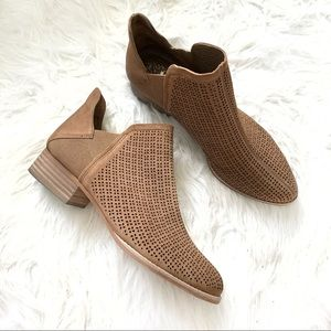 Vince Camuto dark beige ankle booties size 8.5